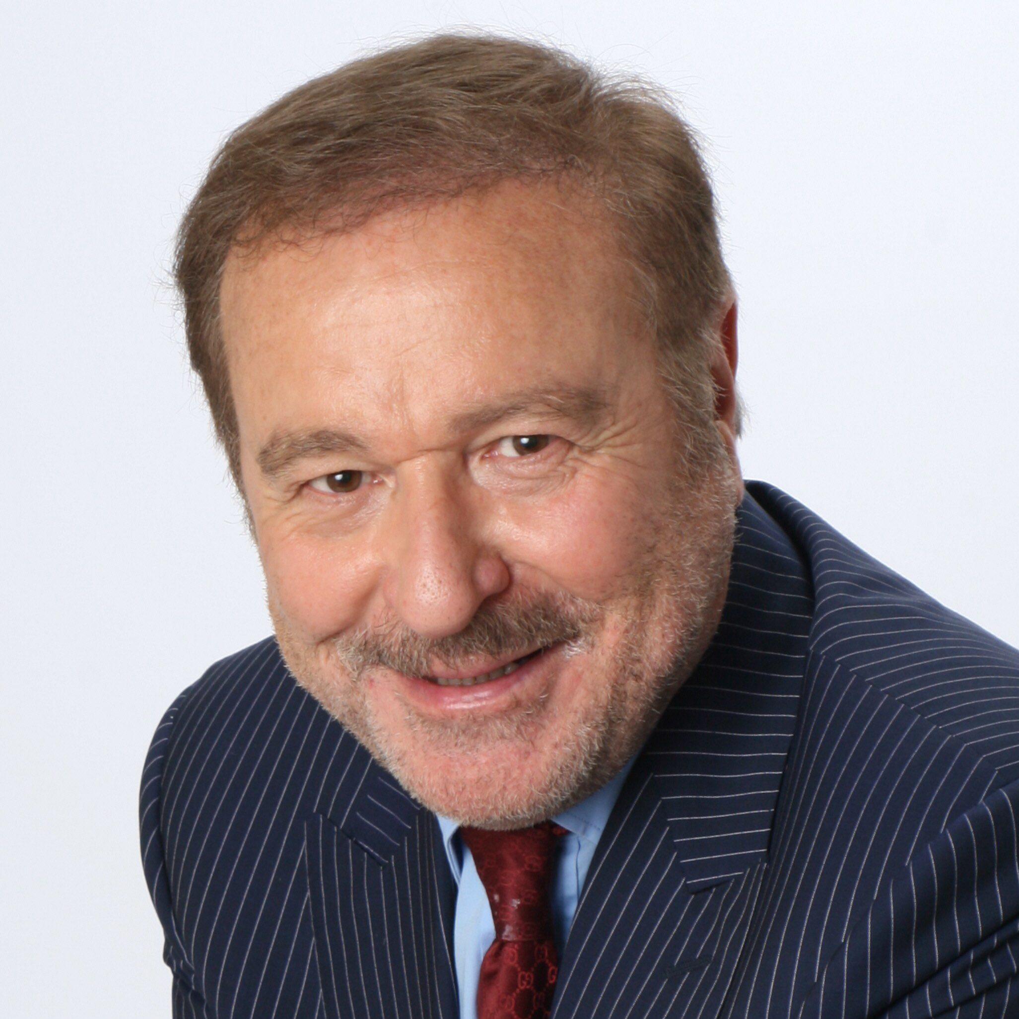 Dr. Ian F. Akyildiz